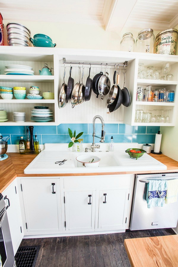 Farm Fresh Therapy bungalow kitchen AFTER 4