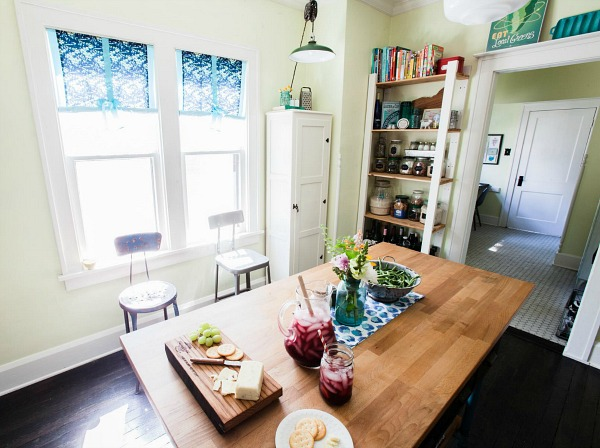 Farm Fresh Therapy bungalow kitchen AFTER 5
