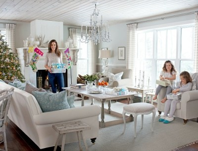 Sarah Richardson's Ontario holiday house living room