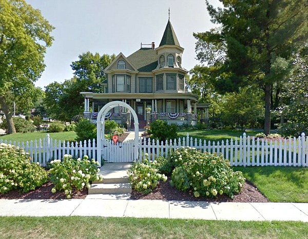 344 Fremont St Woodstock IL Google maps streetview today