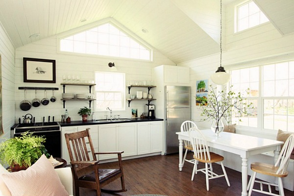 Learning to love living with less in a little house - Tips for living in a small space property ...