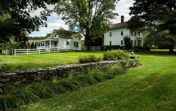 Crisp Architects design tiny farmhouse (6)