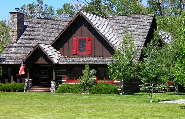 72 Jack Creek Ennis Montana Alicia's House For Sale (18).JPG.
