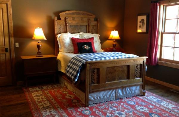 72 Jack Creek Ennis Montana Alicia's House For Sale (7)
