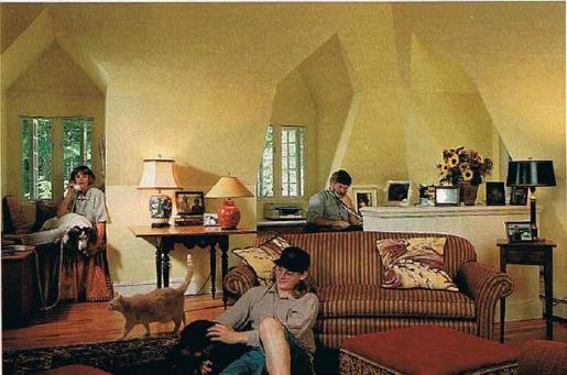 Lark Upson's Storybook Cottage in BHG (4)