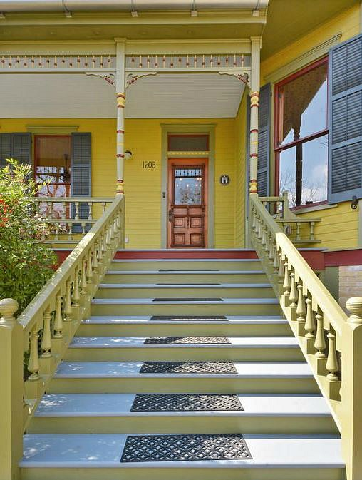 Painted Queen Anne Cottage For Sale Austin TX (4)