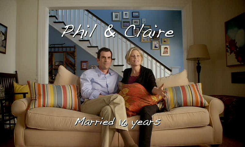 Phil & Claire Dunphy Modern Family Living Room