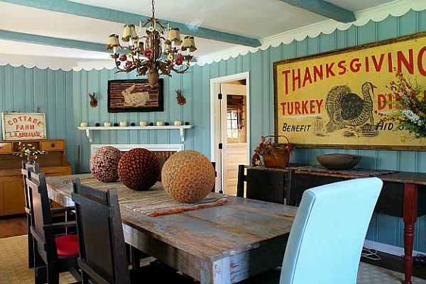 Renita's dining room-Thanksgiving sign