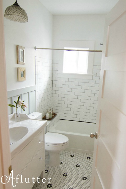 How sarah made her small bungalow bath look bigger for Bathroom ideas 1920 s