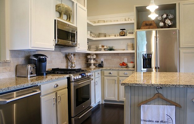 Tricia's cottage kitchen makeover