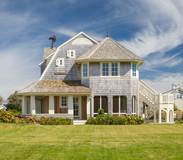 a summer home on the south coast of rhode island hooked