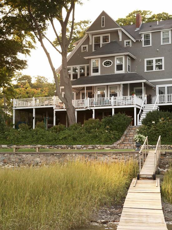 Waterfront Victorian in Massachusetts (BHG)