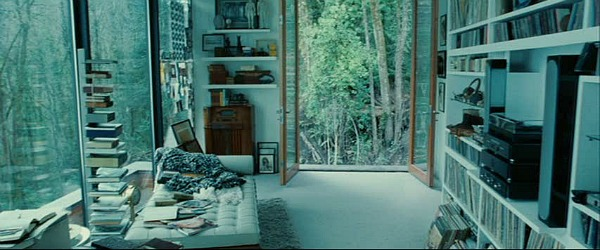 Edward Cullen's bedroom in movie Twilight