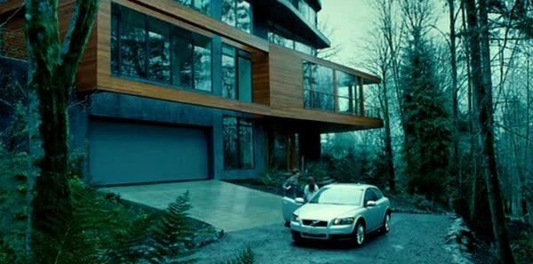 The Cullen House in Twilight   hookedonhouses.net