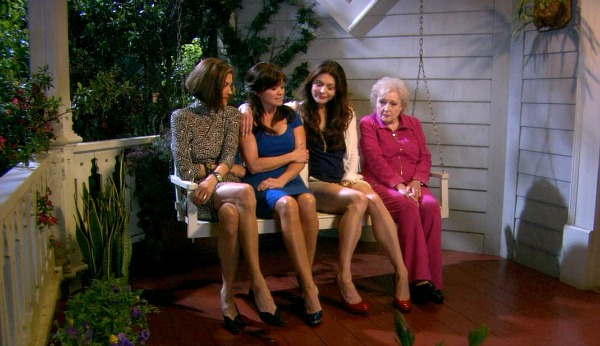 Hot in Cleveland cast on front porch