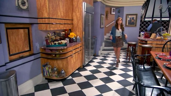 Kitchen Set Design on TV Show Jessie (6)