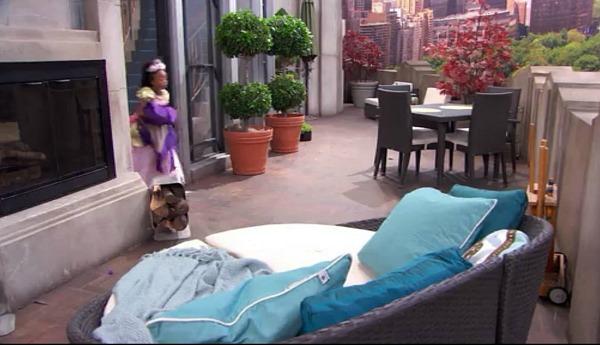 Penthouse Terrace on TV Show Jessie (2)