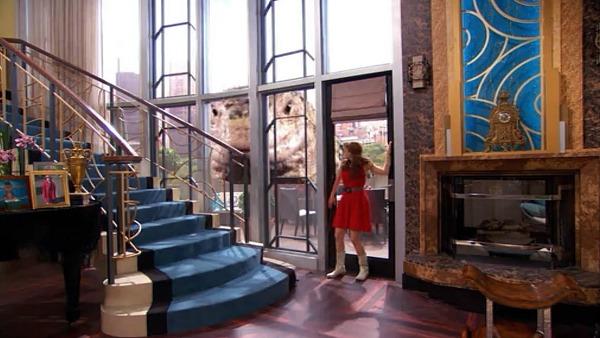 Penthouse on Disney TV Show Jessie (12)
