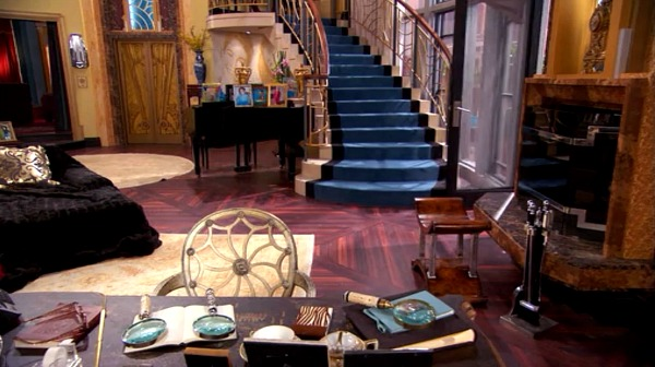 Penthouse on Disney TV Show Jessie (7)