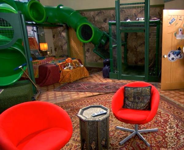 Ravi's Bedroom Set Design TV Show Jessie (3)