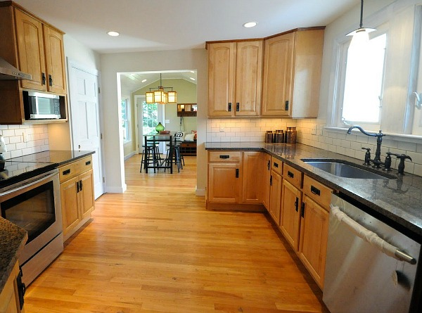 Craftsman Bungalow Kitchen AFTER 2