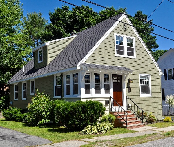 Craftsman Bungalow in Maine AFTER Makeover | hookedonhouses.net