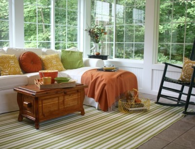 Julia's Sunroom Decorated for Fall | hookedonhouses.net