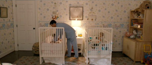 Nursery for twins in The Change-Up movie