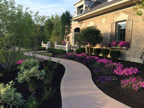 Villa Maribella landscaping