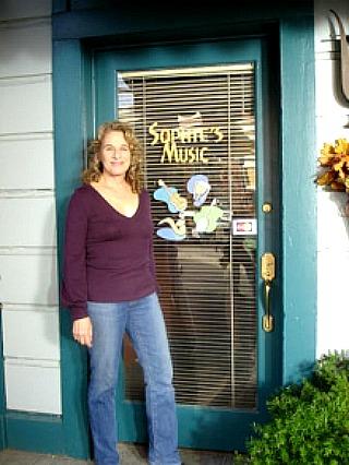 Carole King on Gilmore Girls Sophie Bloom