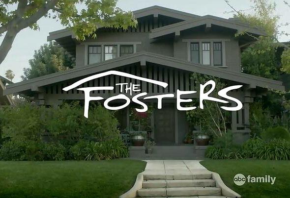 """The Fosters"" Craftsman | hookedonhouses.net"