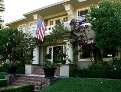 A Blogger's Beautiful Old House For Sale in San Mateo