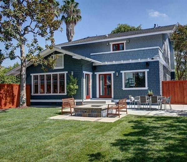 With Blue Siding Homes: Giving An Old California Craftsman New Curb Appeal