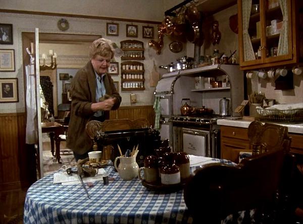 Angela Lansbury\'s kitchen in Murder She Wrote