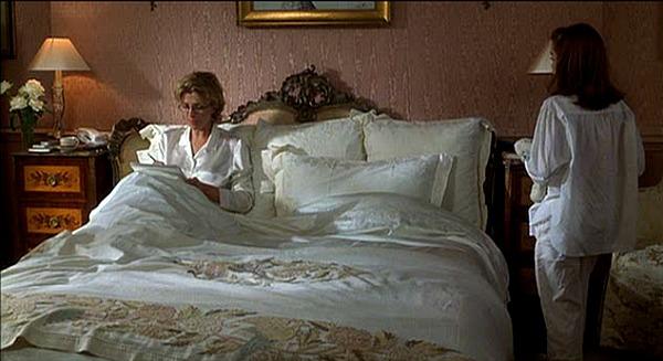 Natasha Richardson sitting in bed