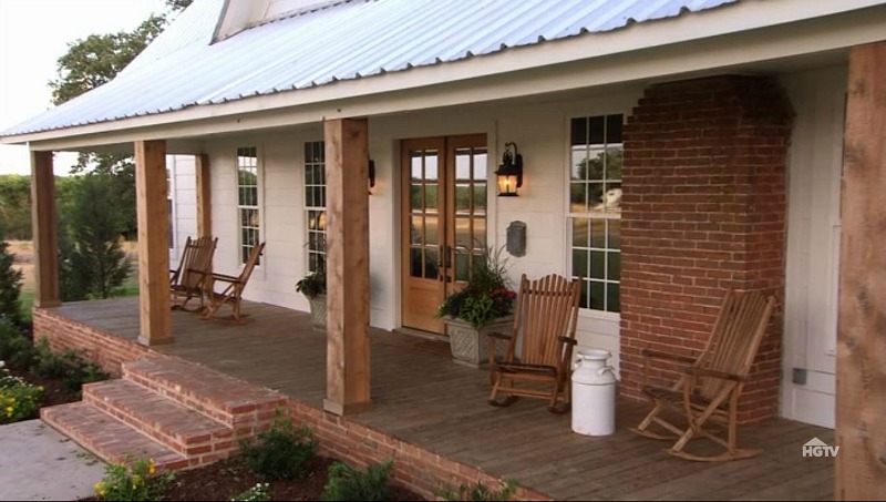 Chip and Joanna Gaines farmhouse in Waco