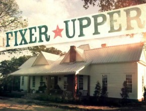 """Behind the Scenes of HGTV's """"Fixer Upper"""" with Chip and Joanna Gaines"""