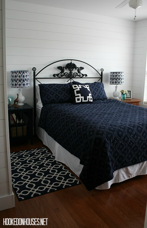 small bedroom decorated with navy and white | hookedonhouses.net