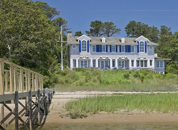 Shingled waterfront home Cape Cod by Polhemus Savery DaSilva Architects | hookedonhouses.net