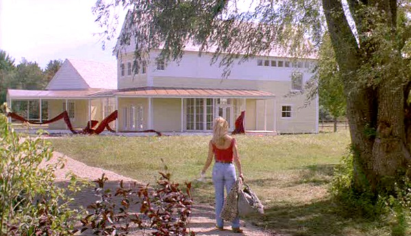 Housesitter movie house with Goldie Hawn