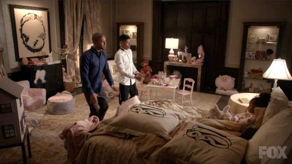 Jamal and Hakeem sing to Lola on Empire