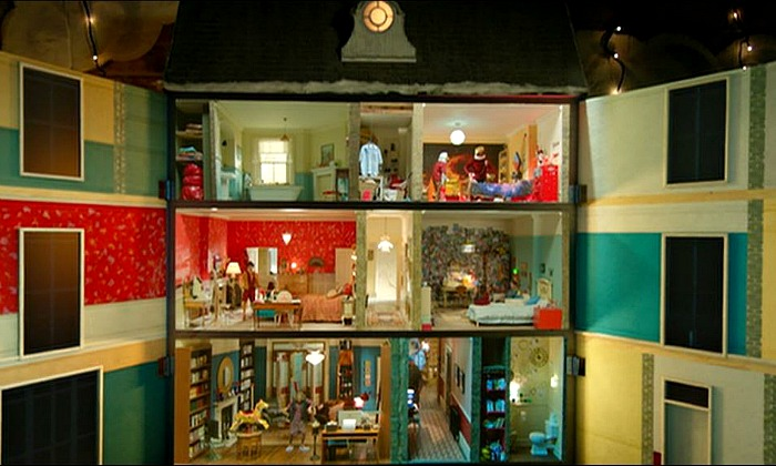 The dollhouse from the Paddington movie