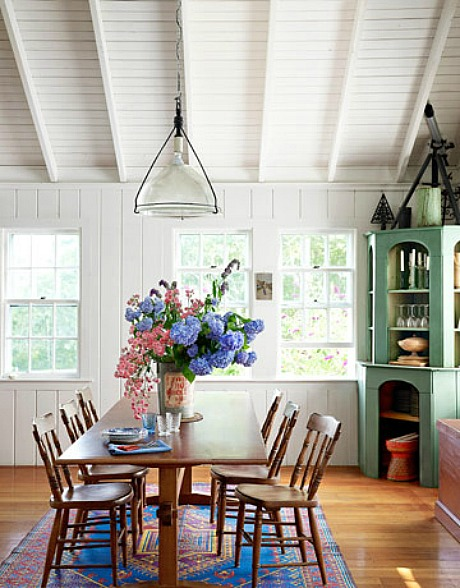 Tony Shaloub's Cottage on Martha's Vineyard - Dining Area