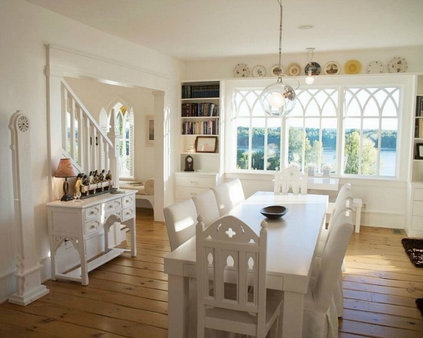 dining room with white table and chairs