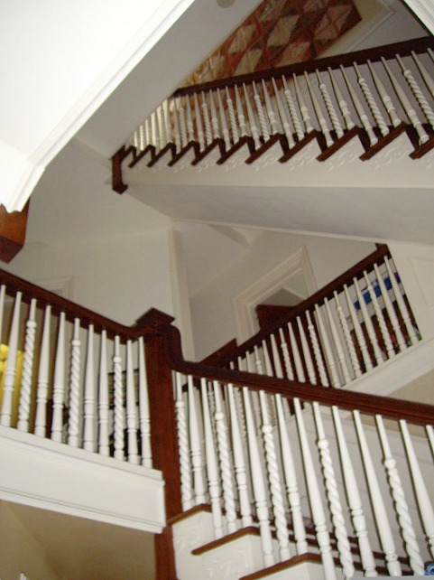 "Staircase in the real ""Stepmom"" movie house"