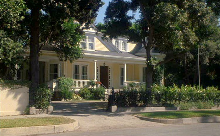 """Daddy Day Care"" movie house in Pasadena"
