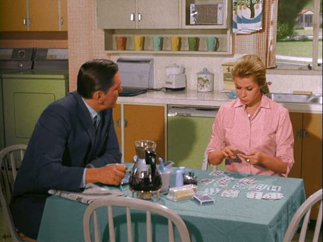 Darrin and Samantha in the kitchen on Bewitched TV show