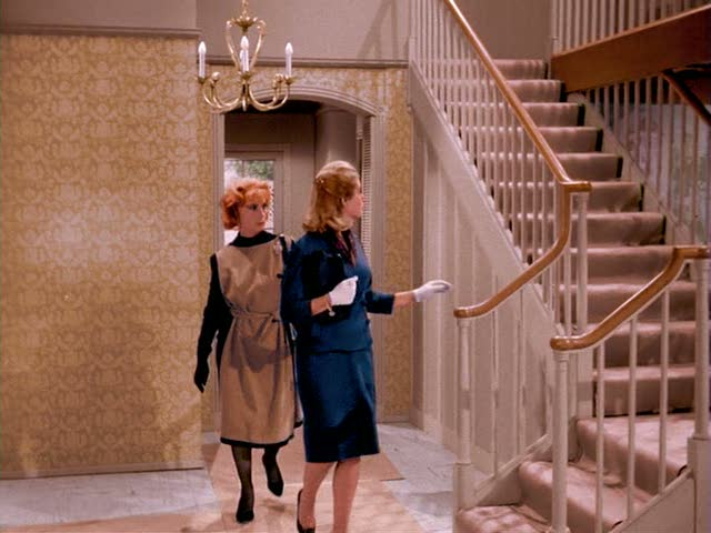 Samantha and Endora explore new house on Bewitched pilot episode
