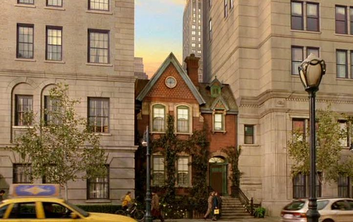 exterior of the red brick house where Stuart Little\'s family lives