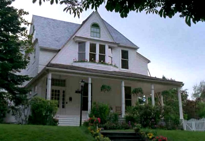 """The white house from """"The Hand That Rocks the Cradle"""" movie 